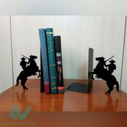 نگهدارنده کتاب دیواری نیتا متال طرح کابوی کد 112-1