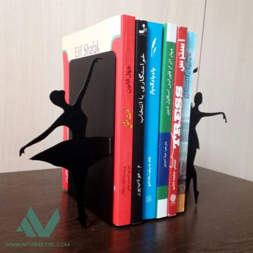 غشگیر و نگهدارنده کتاب نیتا متال طرح رقص تانگو